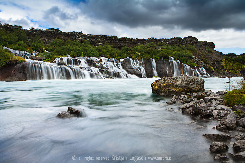 Hraunfossar waterfalls in Hv&iacute;t&aacute; in West Iceland<br />