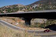 View of the venezuelan major bridge called viaduct #1. This bridge is the key route to the country's main airport in Venezuela. Feb 27 2008. (ivan gonzalez).
