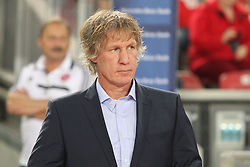 25.10.2013, Mercedes Benz Arena, Stuttgart, GEr, 1. FBL, VfB Stuttgart vs 1.FC Nuernberg, Fussball, 1.Bundesliga, 25.10.2013, 10. Runde, im Bild Trainer Gertjan Verbeek ( 1 FC Nuernberg ) // during the German Bundesliga 10th round match between VfB Stuttgart and 1. FC Nuernberg at the Mercedes Benz Arena in Stuttgart, Germany on 2013/10/26. EXPA Pictures © 2013, PhotoCredit: EXPA/ Eibner-Pressefoto/ Langer<br /> <br /> *****ATTENTION - OUT of GER*****