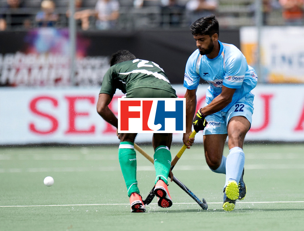 BREDA - Rabobank Hockey Champions Trophy<br /> India - Pakistan<br /> Photo: Varun Kumar.<br /> COPYRIGHT WORLDSPORTPICS FRANK UIJLENBROEK
