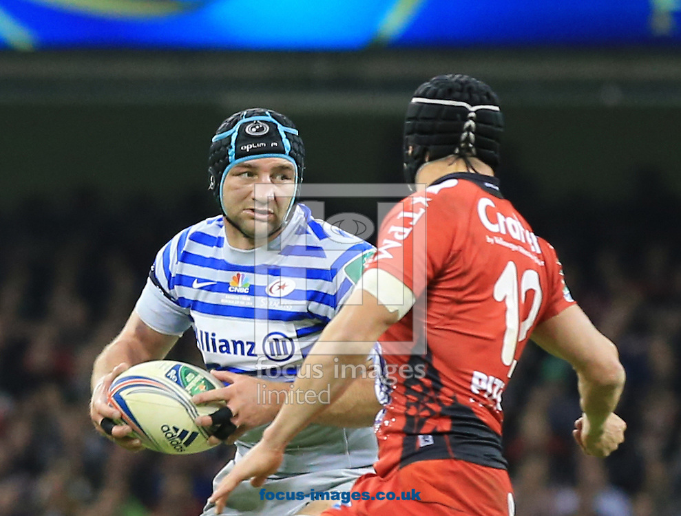 Steve Borthwick of Saracens with ball in hand during the Heineken Cup Final at the Millennium Stadium, Cardiff<br /> Picture by Michael Whitefoot/Focus Images Ltd 07969 898192<br /> 24/05/2014
