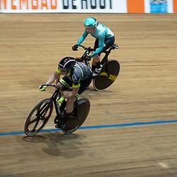 28-12-2019: Wielrennen: NK Baan: Alkmaar<br />Finale sprint Shanne Braspennicx en Laurine van Riessen