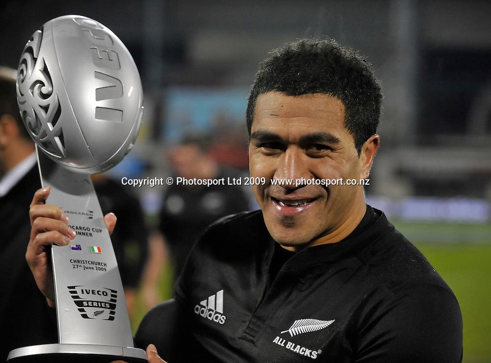 All Blacks captain Mils Muliaina with the Eurocargo Cup. International rugby union test match, All Blacks v Italy. AMI Stadium, Christchurch, New Zealand. Saturday 27 June 2009. Photo: Simon Watts/PHOTOSPORT