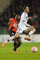 FOOTBALL - FRENCH CHAMPIONSHIP 2011/2012 - L1 - STADE RENNAIS v OLYMPIQUE LYONNAIS - 1/04/2012 - PHOTO PASCAL ALLEE / DPPI - MAXIME GONALON (OL) / ALEXANDER TETTEY (REN)