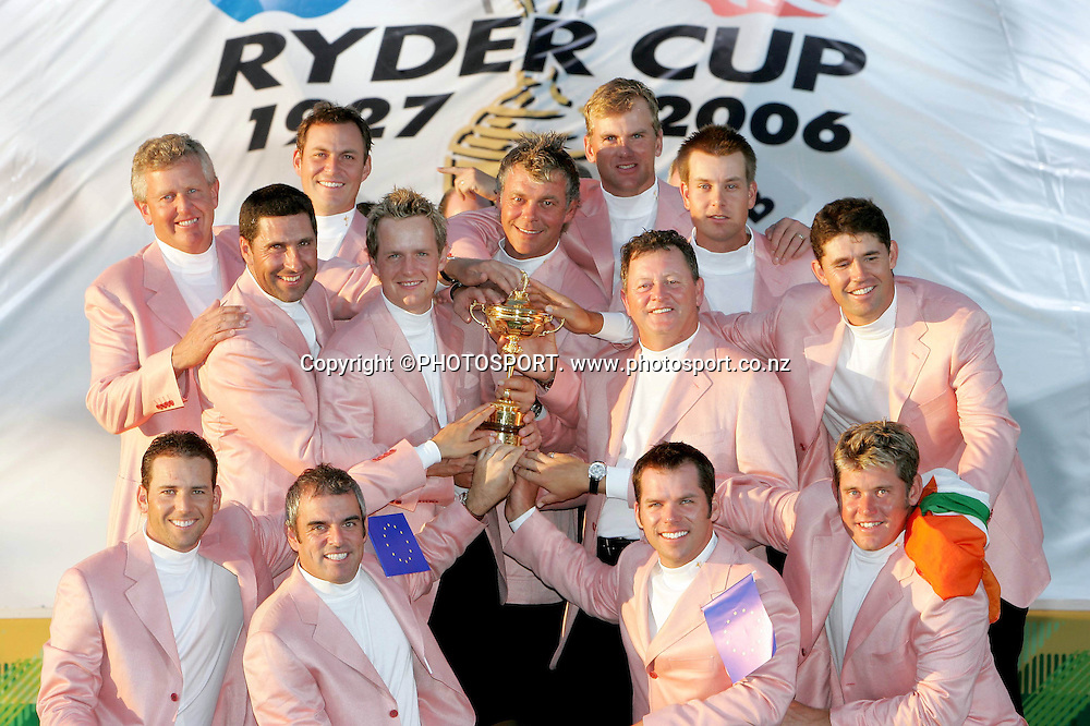 Ryder Cup Day Three, K Club 24/9/2006<br /> The winning European Ryder Cup team<br /> Mandatory Credit &copy;INPHO/Morgan Treacy<br /> RYDER CUP<br />  ***FOR EDITORIAL USE ONLY. NO USAGE FOR MOBILE PHONE OPERATORS**