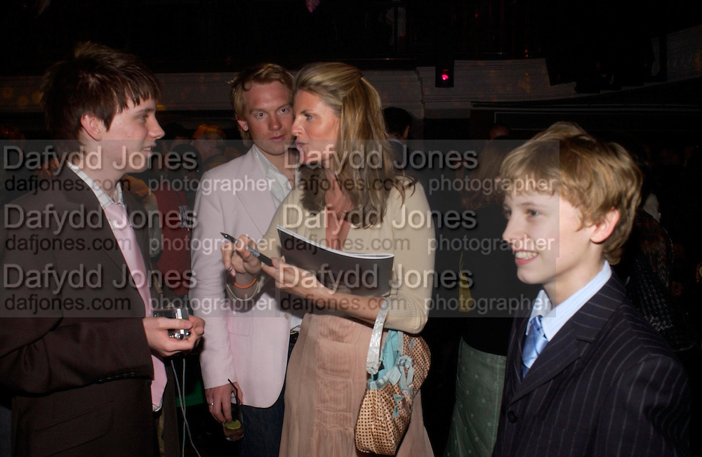 Suzannah Constantine. Billy Elliot- The Musical opening night at the Victoria palace theatre and party afterwards at Pacha, London. 12 May 2005. ONE TIME USE ONLY - DO NOT ARCHIVE  © Copyright Photograph by Dafydd Jones 66 Stockwell Park Rd. London SW9 0DA Tel 020 7733 0108 www.dafjones.com