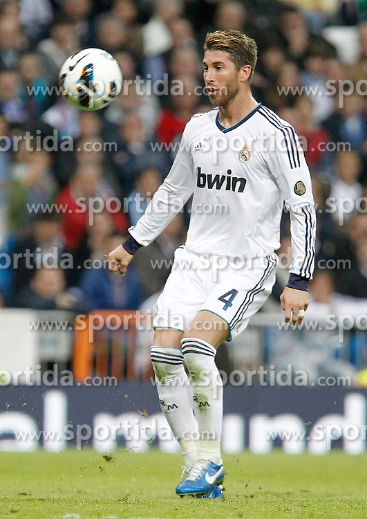 20.10.2012, Estadio Santiago Bernabeu, Madrid, ESP, Primera Division, Real Madrid vs Celta de Vigo, 8. Runde, im Bild Real Madrid's Sergio Ramos // during the Spanish Primera8ivision 8th round match between Real Madrid CF and Celta de Vigo at the Estadio Santiago Bernabeu, Madrid, Spain on 2012/10/20. EXPA Pictures © 2012, PhotoCredit: EXPA/ Alterphotos/ Alvaro Hernandez..***** ATTENTION - OUT OF ESP and SUI *****