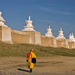 Buddhist monk nearby Erdene Zuu Khiid monastery, Kharkhorin (Karakorum), Mongolia.