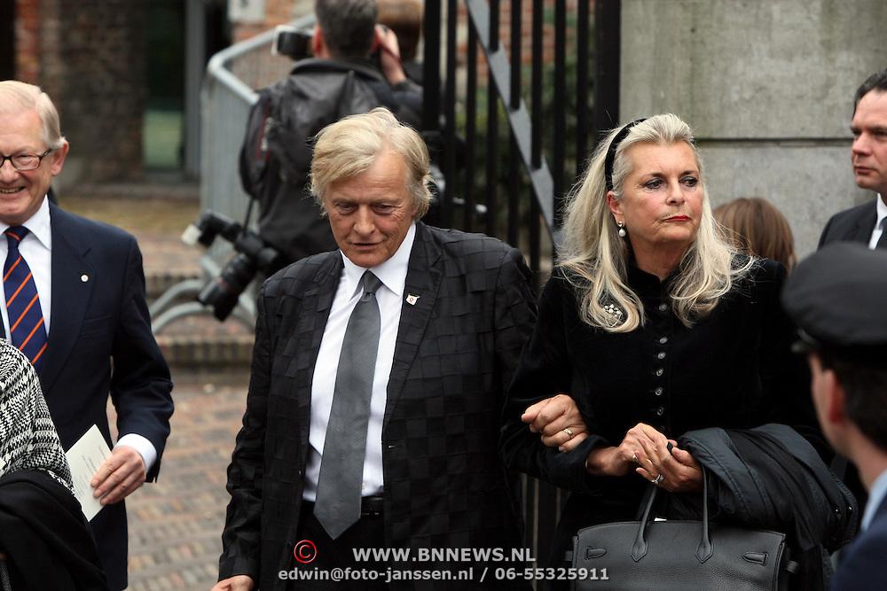 NLD/Wassenaar/20080403 - Herdenkingsdienst Erik Hazelhoff Roelfzema, Rutger Hauer en partner Lieke ten Cate