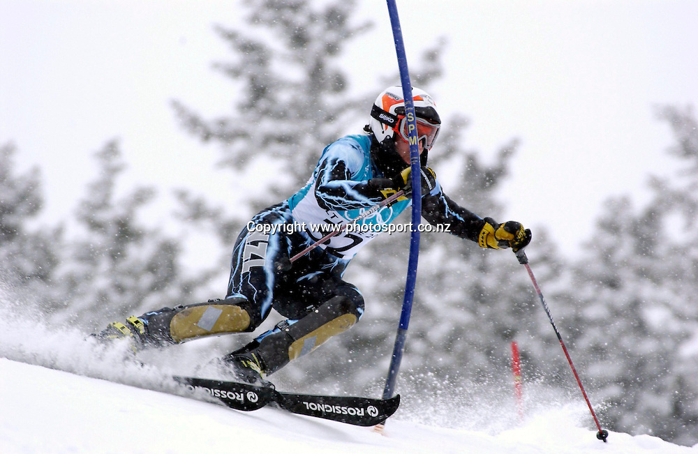 New Zealand's Claudia Riegler in action on her first run which recorded a time of 55.17sec in the first and 56.02sec in the second in the womans slalom at Deer Valley, Winter Olympics, Salt Lake City in Utah, USA, 20 February, 2002. Photo: PHOTOSPORT<br />