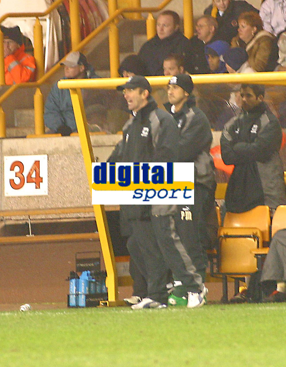 Photo: Dave Linney.<br />Wolverhampton Wanderers v Plymouth Argyle. The FA Cup.Plymouth Mgr Tony Pullis<br />07/01/2006.