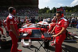 August 28, 2016 - Spa Francorchamps, Belgium - Motorsports: FIA Formula One World Championship 2016, Grand Prix of Belgium, .mechanic of Scuderia Ferrari  (Credit Image: © Hoch Zwei via ZUMA Wire)