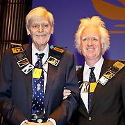NLD/Amsterdam/20101129 - Prinses Máxima reikt Prins Bernhard Cultuurfonds Prijs 2010 uit Muziekgebouw aan het IJ,  Frans Brüggen en Siewert Verster