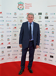 LIVERPOOL, ENGLAND - Thursday, May 12, 2016: Former Liverpool player Ray Haughton arrives on the red carpet for the Liverpool FC Players' Awards Dinner 2016 at the Liverpool Arena. (Pic by David Rawcliffe/Propaganda)
