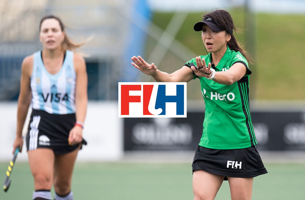 AUCKLAND - Sentinel Hockey World League final women<br /> Match id 10294<br /> 04 Argentina v China.<br /> Foto: Umpire SOMA Chieko (JPN.<br /> WORLDSPORTPICS COPYRIGHT FRANK UIJLENBROEK
