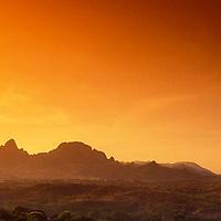 Morros de San Juan al atardecer, Estado Guarico, Venezuela