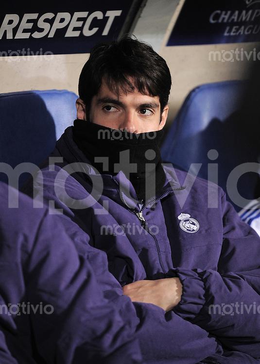 FUSSBALL   CHAMPIONS LEAGUE   SAISON 2010/2011   Achtelfinale  22.02.2011 Olympic Lyon  - Real Madrid  Kaka (Real Madrid) auf der Ersatzbank