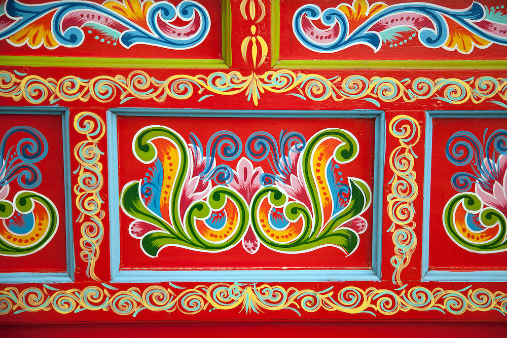 Sarchi, Costa Rica:  Detail of hand painting on Costa Rican ox-cart. Fabrica de Carretas, Jacquin Charverri Ltd.