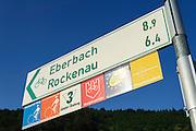 Radfahr-Wegweiser, Radwege, Fernradwege am Neckar, Odenwald, Hessen, Deutschland