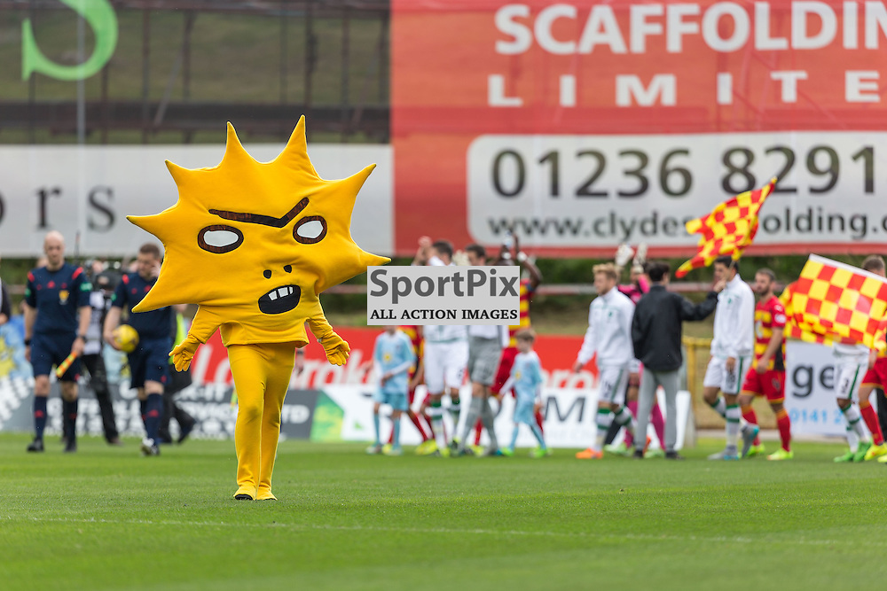New Partick Thislte mascot Kingsley leads his side out before the Scottish Premiership match between Partick Thistle and Celtic (c) ROSS EAGLESHAM | Sportpix.co.uk
