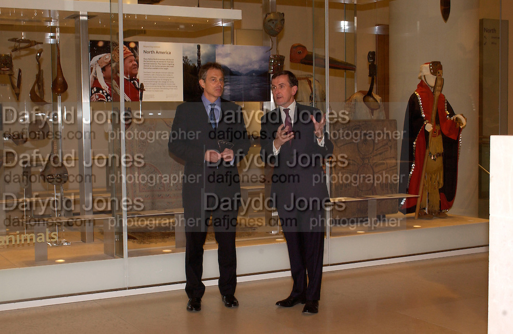 Tony Blair and Neil MacGregor, British Museum 250th Anniversary party, 15 December 2003. © Copyright Photograph by Dafydd Jones 66 Stockwell Park Rd. London SW9 0DA Tel 020 7733 0108 www.dafjones.com