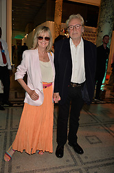 Twiggy & Leigh Lawson at the V&A Summer Party 2017 held at the Victoria & Albert Museum, London England. 21 June 2017.<br /> Photo by Dominic O'Neill/SilverHub 0203 174 1069 sales@silverhubmedia.com