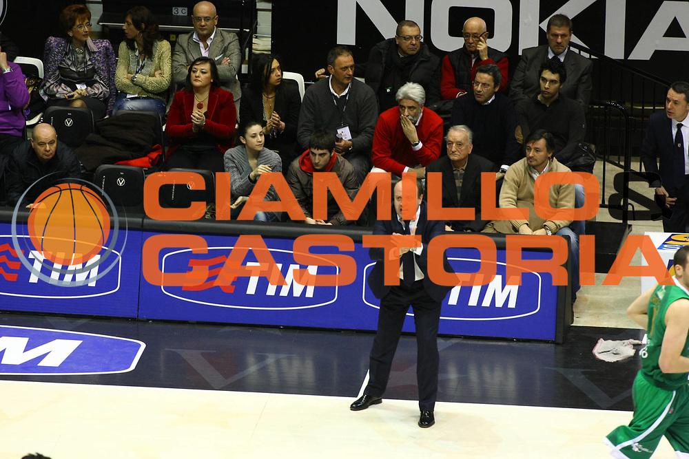DESCRIZIONE : Bologna Final Eight 2009 Quarti di Finale Air Avellino Bancatercas Teramo<br /> GIOCATORE : Andrea Capobianco<br /> SQUADRA : Air Avellino<br /> EVENTO : Tim Cup Basket Coppa Italia Final Eight 2009<br /> GARA : Air Avellino Bancatercas Teramo<br /> DATA : 19/02/2009<br /> CATEGORIA : Ritratto<br /> SPORT : Pallacanestro<br /> AUTORE : Agenzia Ciamillo-Castoria/M.Minarelli