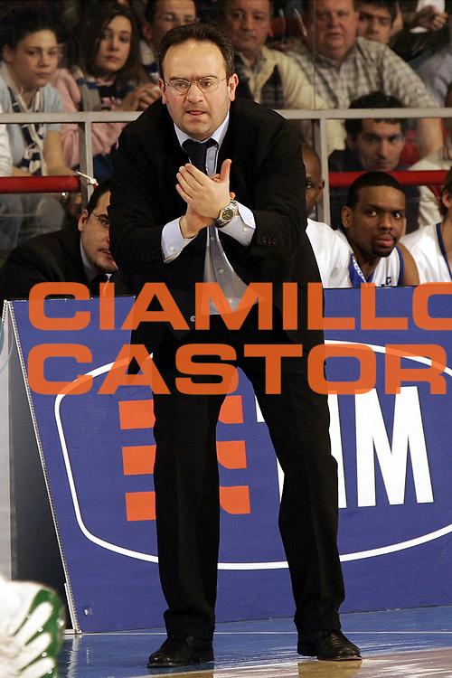 DESCRIZIONE : FORLI  FINAL 8 COPPA ITALIA LEGA A1 2005<br />GIOCATORE : SACRIPANTI<br />SQUADRA : VERTICAL VISION CANTU<br />EVENTO : FINAL 8 COPPA ITALIA LEGA A1 2005<br />GARA : VERTICAL VISION CANTU-MONTEPASCHI SIENA<br />DATA : 17/02/2005<br />CATEGORIA : Tiro<br />SPORT : Pallacanestro<br />AUTORE : AGENZIA CIAMILLO &amp; CASTORIA/P.Lazzeroni