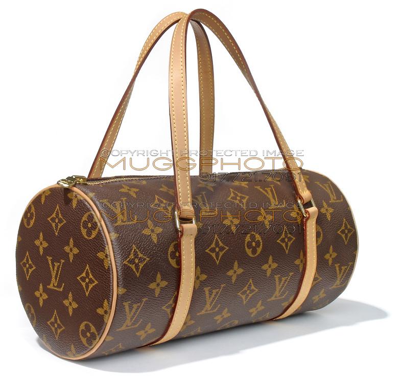 louis vuitton wallet purse oval