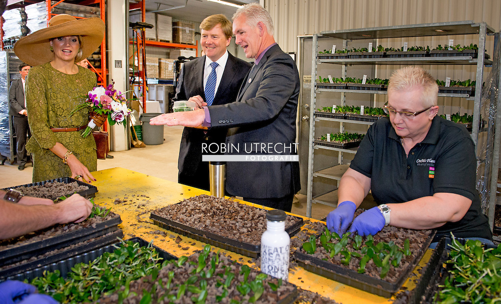 King Willem-Alexander and Queen Maxima of The Netherlands visit Cosmic plants Beamsville in Toronto, Canada, 28 May 2015. The King and Queen of The Netherlands bring an state visit from 27 till 29 may to Canada. COPYRIGHT ROBIN UTRECHT