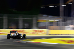 September 16, 2016 - Singapur, Singapur - Motorsports: FIA Formula One World Championship 2016, Grand Prix of Singapore, .#44 Lewis Hamilton (GBR, Mercedes AMG Petronas Formula One Team) (Credit Image: © Hoch Zwei via ZUMA Wire)