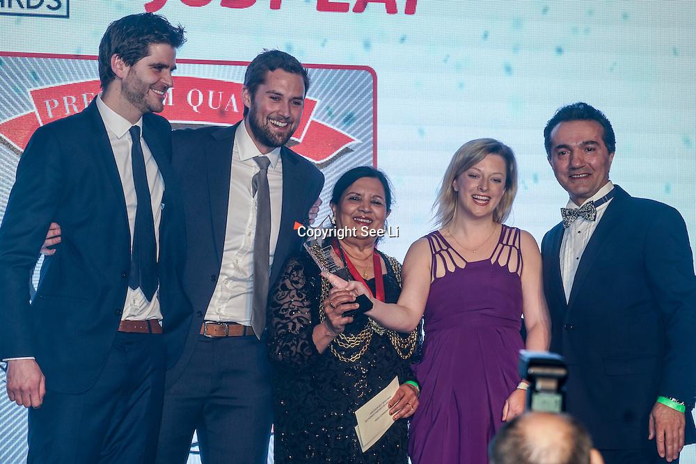 "Cllr Saleha Jaffer, The Mayor of Lambeth present German Doner Kebab West Ealing award to winner ""Gokyuzu"" at the 5th British Kebab Awards on 26th Feb 2017 at Park Plaza Westminster ,London,UK. by See Li"