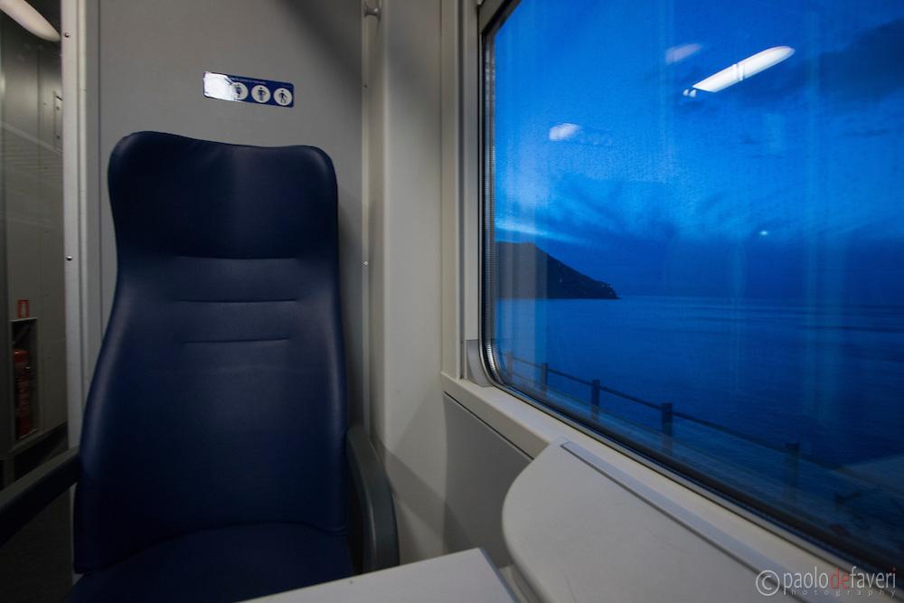 In the train from Riomaggiore to Vernazza