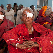 Bihar India March 2011. Akhand Jyoti Eye hospital, Mastichak . Patients the morning after their  cataract operation .
