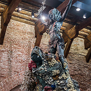 """Venezia - Punta della Dogana . La mostra di Damien Hirst: """"Tresaures from the Wreck of Unbelievable. The warrior and the bear""""."""