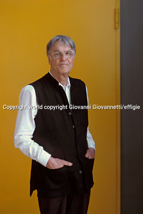 Ekkehart Krippendorff <br />world copyright Giovanni Giovannetti/effigie