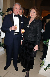 DUNCAN McLAREN and LEONORA, COUNTESS OF LICHFIELD at A Riot - 1930's evening in aid of Great Ormand Street Hospital held at Claridge's, Brook Street, London on 31st January 2006.<br /><br />NON EXCLUSIVE - WORLD RIGHTS