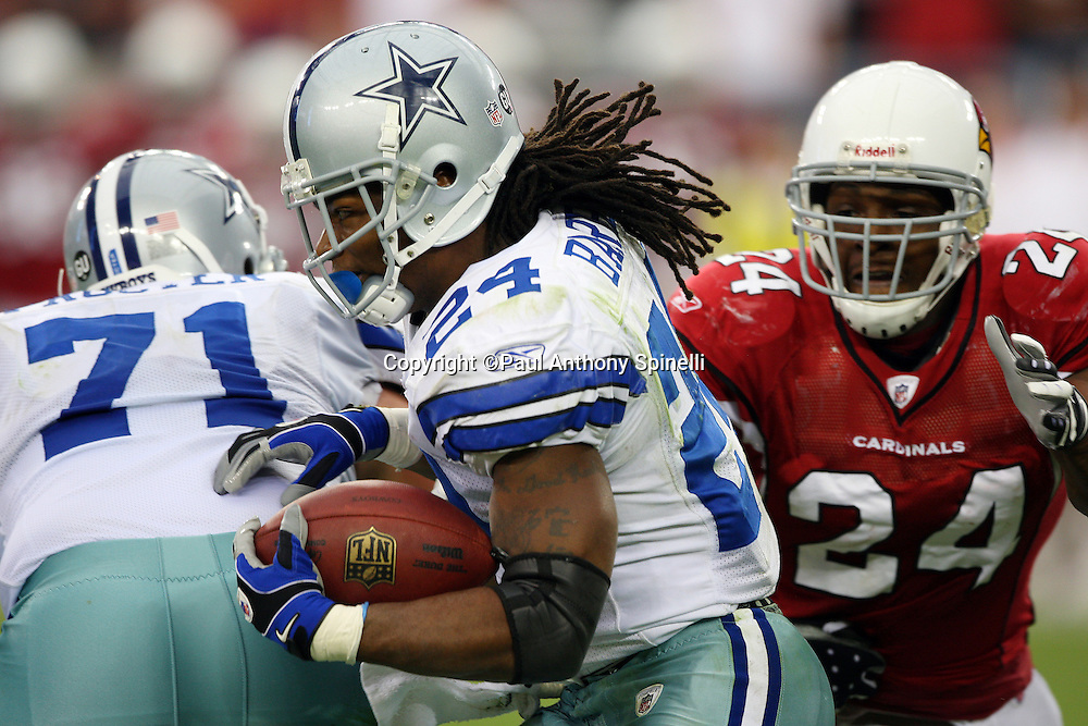GLENDALE, AZ - OCTOBER 12: Running back Marion Barber #24 of the Dallas Cowboys runs the ball during the game against the Arizona Cardinals at University of Phoenix Stadium on October 12, 2008 in Glendale, Arizona. The Cardinals defeated the Cowboys 30-24. ©Paul Anthony Spinelli *** Local Caption *** Marion Barber