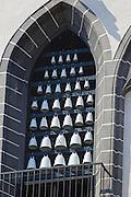 Meißen, Altstadt, Liebfrauenkirche, Glockenspiel aus Meißner Porzellan, Sachsen, Deutschland.|.old town of Meissen, church of Our Lady, carillon of Meißen china, Saxony, Germany.