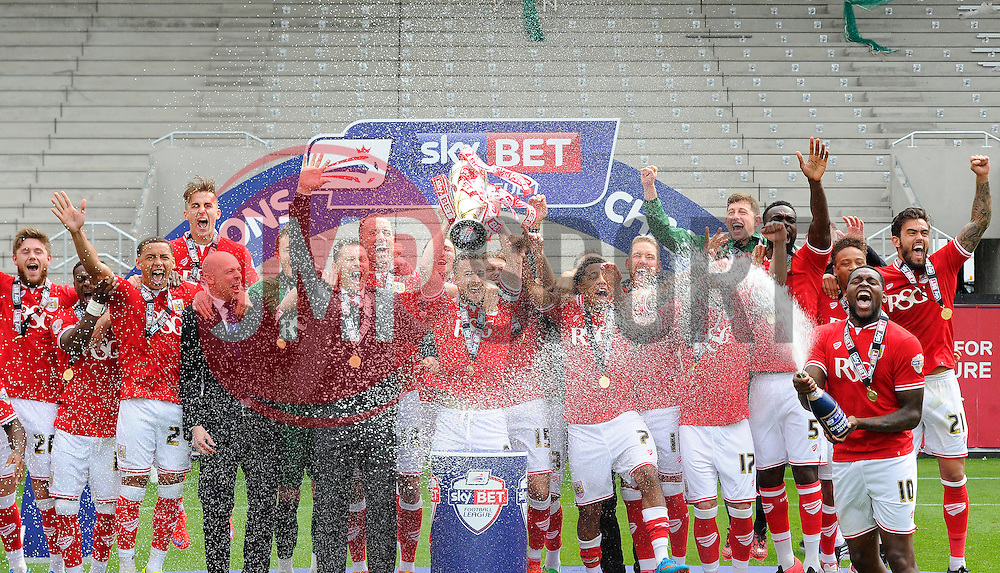 Bristol City players lift the Sky Bet League one Trophy as they are Crowned champions  - Photo mandatory by-line: Joe Meredith/JMP - Mobile: 07966 386802 - 03/05/2015 - SPORT - Football - Bristol - Ashton Gate - Bristol City v Walsall - Sky Bet League One