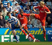 Photo: Ed Godden/Sportsbeat Images.<br />Reading v Liverpool. The Barclays Premiership. 07/04/2007. Liverpool's Sami Hypia (R) raises his foot high near Reading's Nicky Shorey.