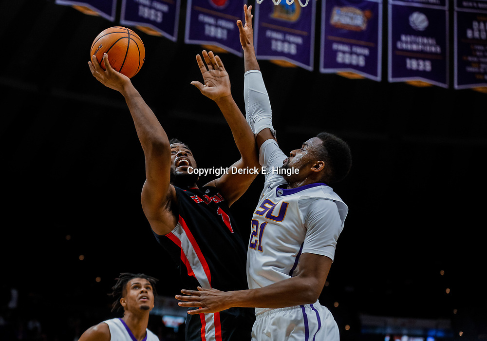 Jan 16, 2018; Baton Rouge, LA, USA; Georgia Bulldogs forward Yante Maten (1) shoots over LSU Tigers forward Aaron Epps (21) during the first half at the Pete Maravich Assembly Center. Mandatory Credit: Derick E. Hingle-USA TODAY Sports