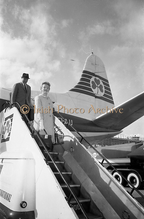 23/05/1966<br /> 05/23/1966<br /> 23 May 1966<br /> Deborah Kerr arrives at Dublin Airport for filming of the James Bond film &quot;Casino Royale&quot;, to be directed by John Houston due to start shooting at Ardmore Studios and Co. Wicklow.