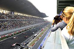 30.10.2011, Jaypee-Circuit, Noida, IND, F1, Grosser Preis von Indien, Noida, im Bild F1 Race Start // during the Formula One Championships 2011 Large price of India held at the Jaypee-Circui 2011-10-30  Foto © nph / Dieter Mathis