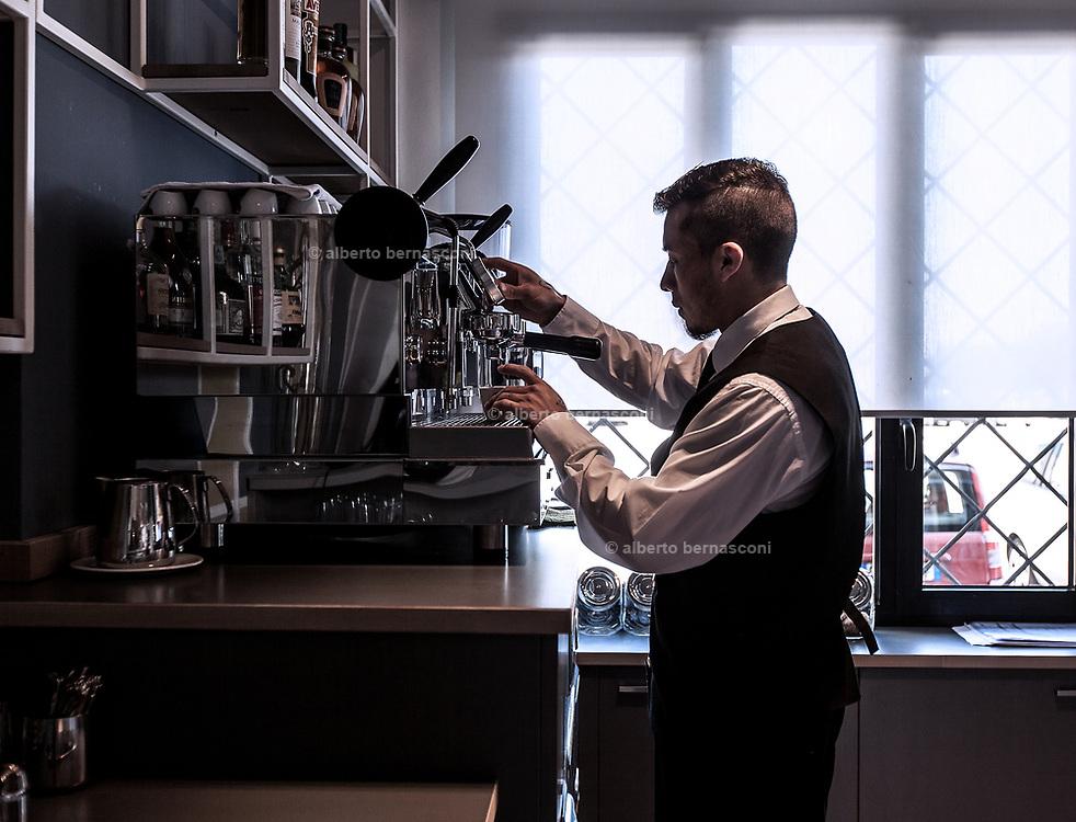 Milan, Bollate, InGalera Restaurant: Carlos doing coffee