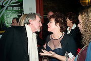 GAWN GRAINGER; RUBY WAX, Gala performance of  RUBY WAX- LOSING IT  in aid of  Comic Relief. Menier Theatre. London. 23 February 2011. -DO NOT ARCHIVE-© Copyright Photograph by Dafydd Jones. 248 Clapham Rd. London SW9 0PZ. Tel 0207 820 0771. www.dafjones.com.