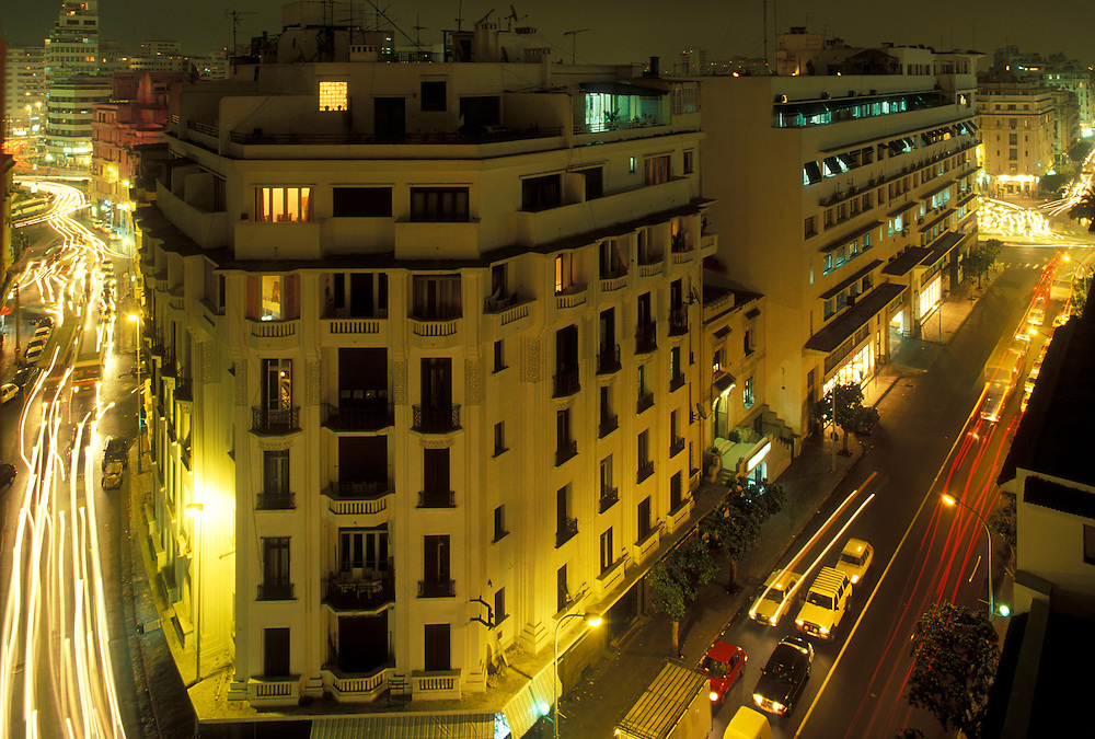 Africa, Morocco, Traffic crowds narrow streets in central Casablanca along Boulevard de Paris in early evening
