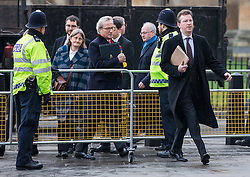 © Licensed to London News Pictures. 07/12/2016. London, UK. Attorney General Jeremy Wright QC (right) arrives at the Supreme Court in Westminster with Lord Keen (centre) for the third day of a Supreme Court hearing to appeal against the November 3 High Court ruling that Article 50 cannot be triggered without a vote in Parliament. Photo credit: Rob Pinney/LNP