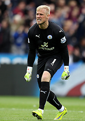 Leicester City's Kasper Schmeichel celebrates - Photo mandatory by-line: Robbie Stephenson/JMP - Mobile: 07966 386802 - 09/05/2015 - SPORT - Football - Leicester - King Power Stadium - Leicester City v Southampton - Barclays Premier League