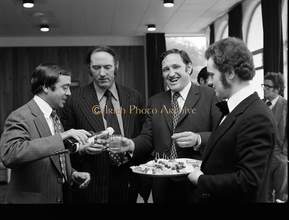 Leopardstown Reception - Whiskey 03/06/1976  06/03/1976.3rd June 1976.Hedges & Butler Ireland Ltd., reception for Bell's Whiskey at Leopardstown.Pictured L-R, Mr J. Auty, (Bells), Mr. David Kane, (I.H.F), and Mr Jack Young.
